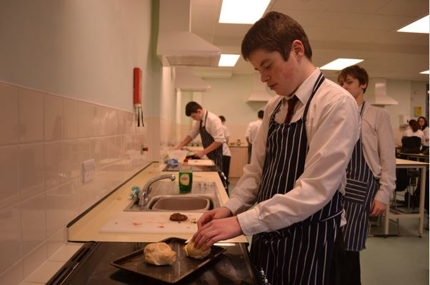 blog-07-02-14-y10-catering-controlled-assessment